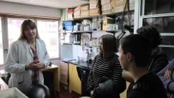 2016 09 16 Alumnos en el Lab 1 con Valen-2